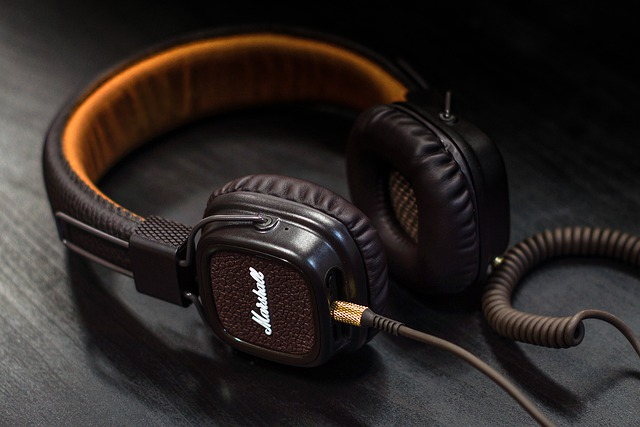 Why Do I Hear Static in My Headphones? - Quick Fixes In 2021